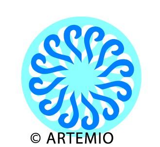 Artemio Happycut Stanzform 6,8 x 6,8 cm Cut & Fold Blume # 5 18022001